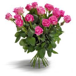 Charmant cerise rozenboeket